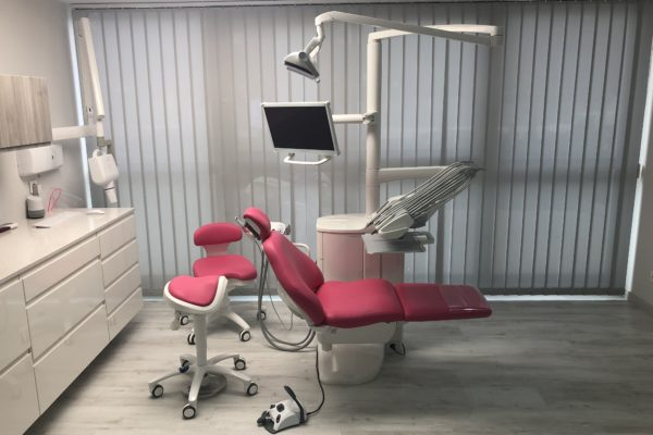 Fauteuil Dentaire Compact i5 La Seyne-sur-Mer (83)